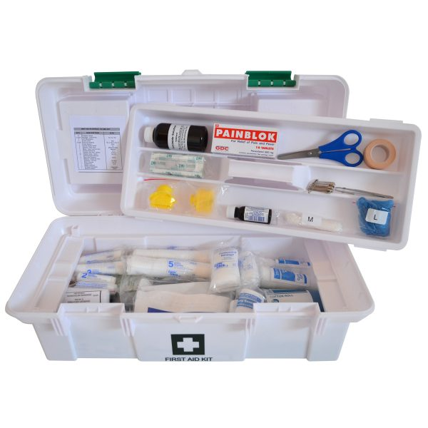 FIRST AID KIT – SCHOOL/CLUB PLASTIC SUITCASE – FILLED